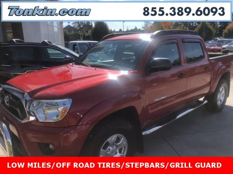 Pre-Owned 2014 Toyota Tacoma 4D Double Cab Off-Road